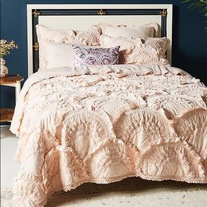 Anthropologie Rivulets Queen Blush Quilt